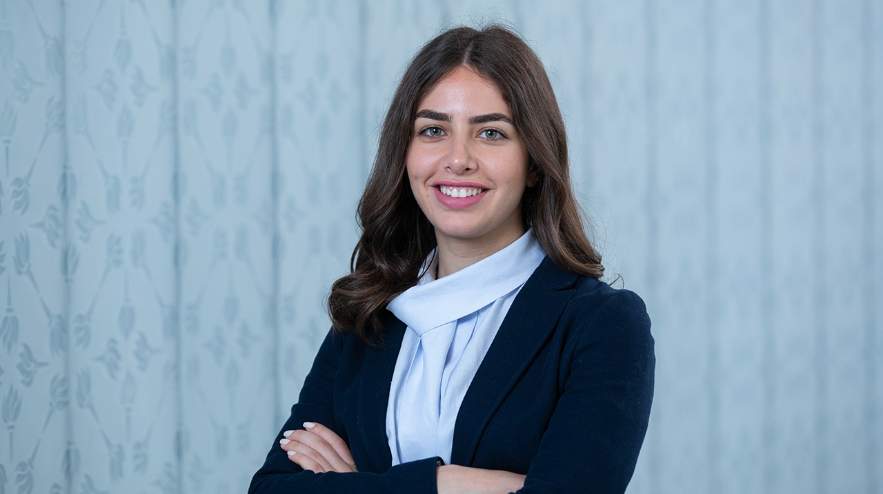 Rhodes Trust features Assistant Professor and Emerging Scholar Farah Shamout on Twitter