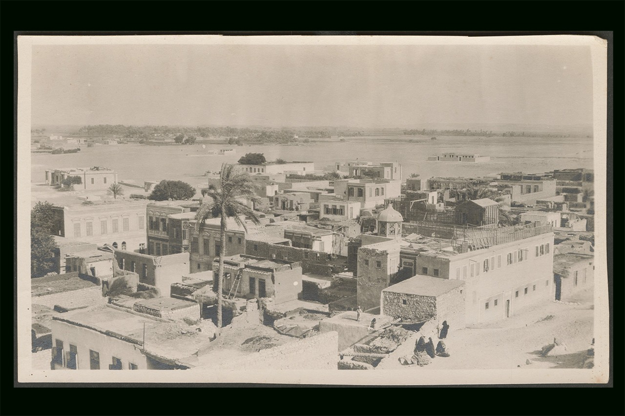 An aerial view of a town, Palestine, circa 1910s-1930s (ref62).