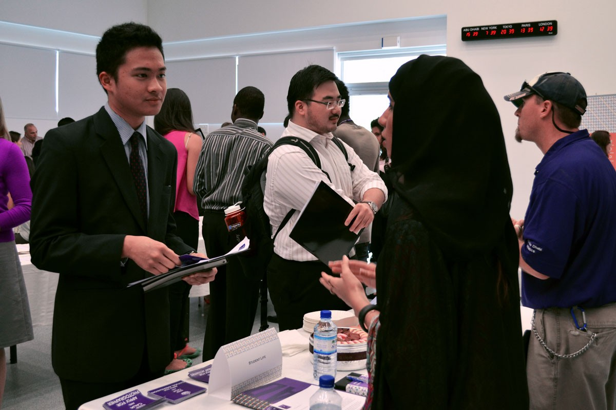 Opportunities Abound at NYUAD's Internship Fairs