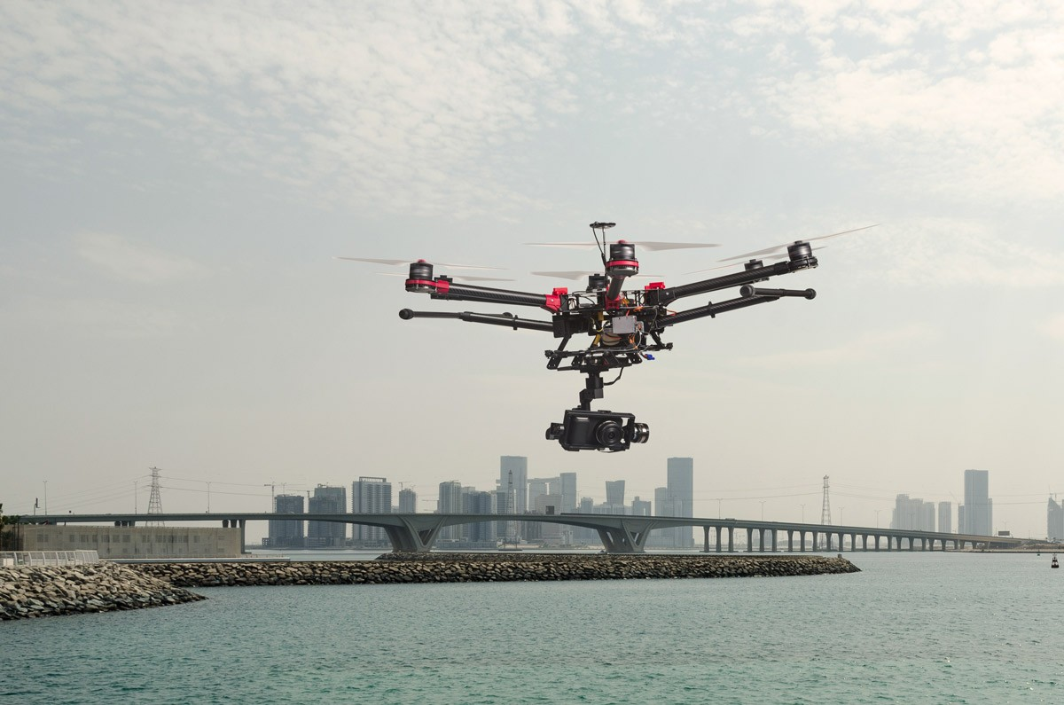 drone-flying-over-saadiyat