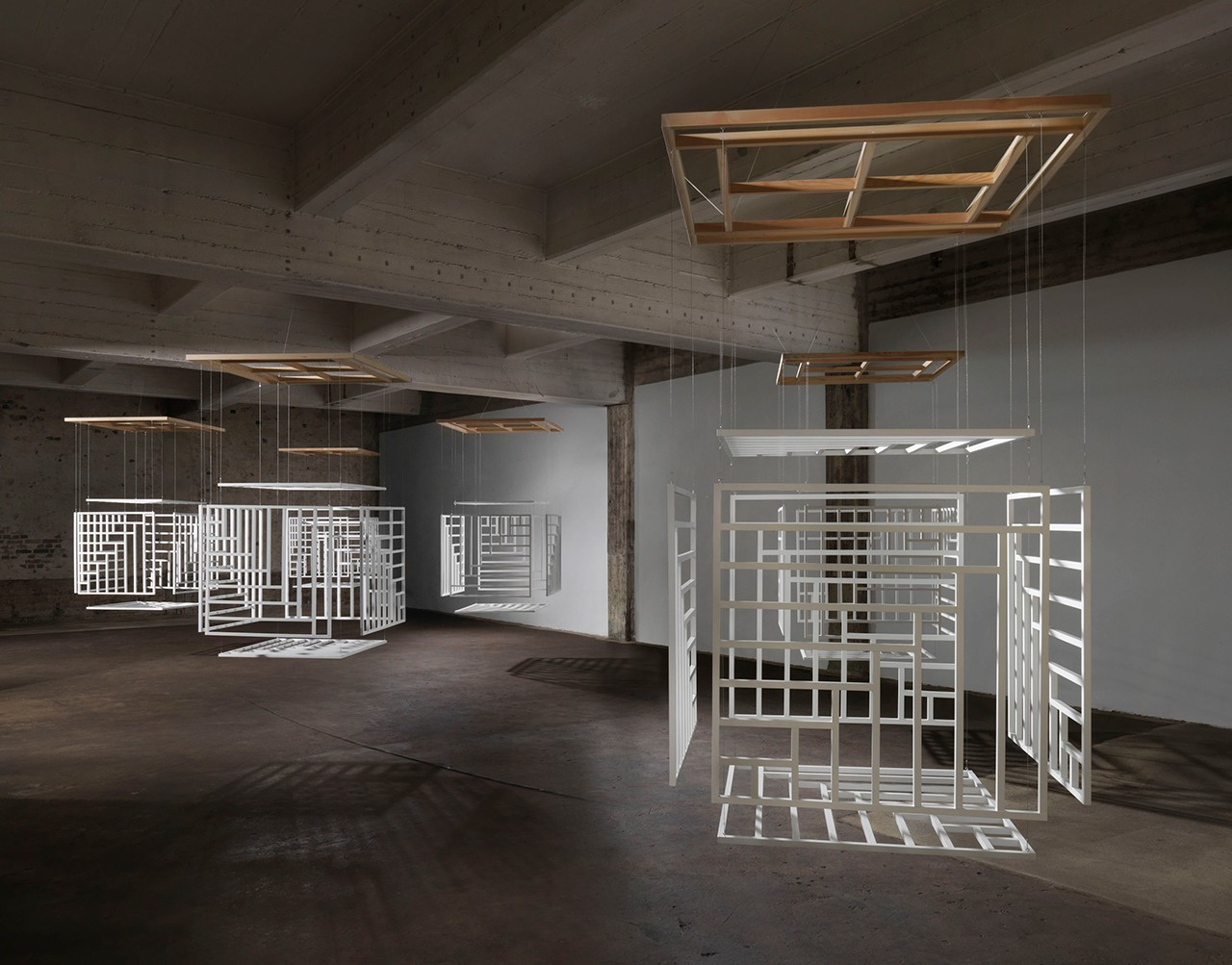Title of Installation: Webbing Material: 6 cubes (beech wood), paint, wire, suspended on frames (fir) from the ceiling Dimensions: 140 x 140 cm; Hight in relation to space Exhibition: In situ: A Sequence of Works Berlin Tegel June 1 – 30, 2016