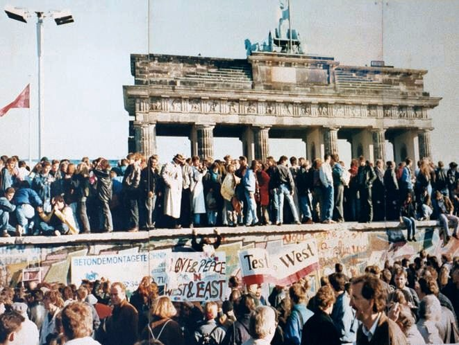 Resident Expert: Fall of the Berlin Wall