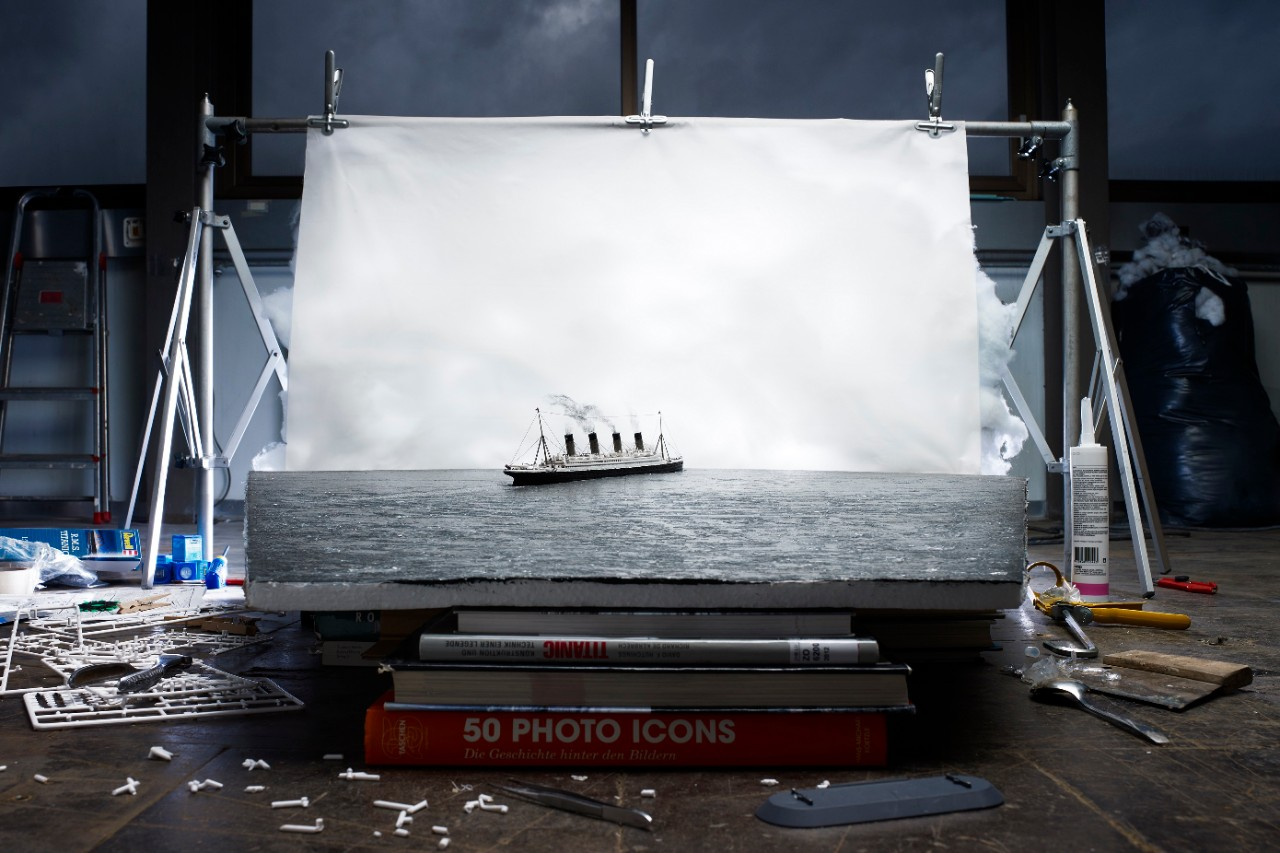 Jojakim Cortis & Adrian Sonderegger_Making of 'The last photo of the T itanic afloat'.jpg