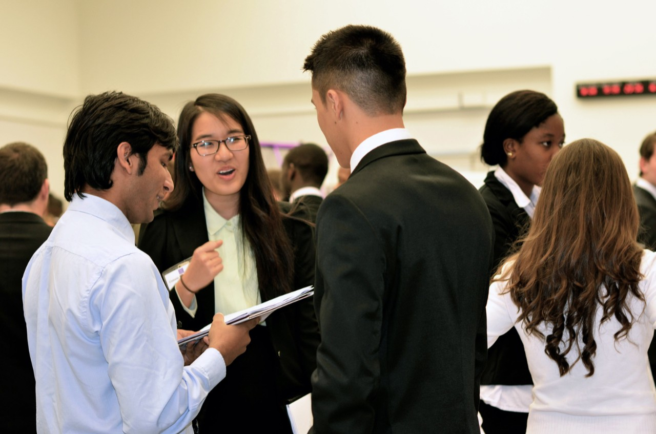 NYUAD Students Explore Opportunities at University Internship and Career Fair