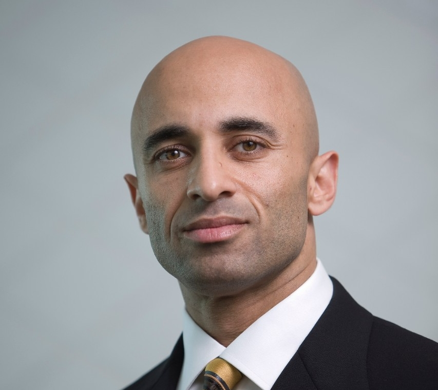 UAE Ambassador to the U.S. His Excellency Yousef Al Otaiba to Speak at NYU Abu Dhabi's Third Graduation Ceremony
