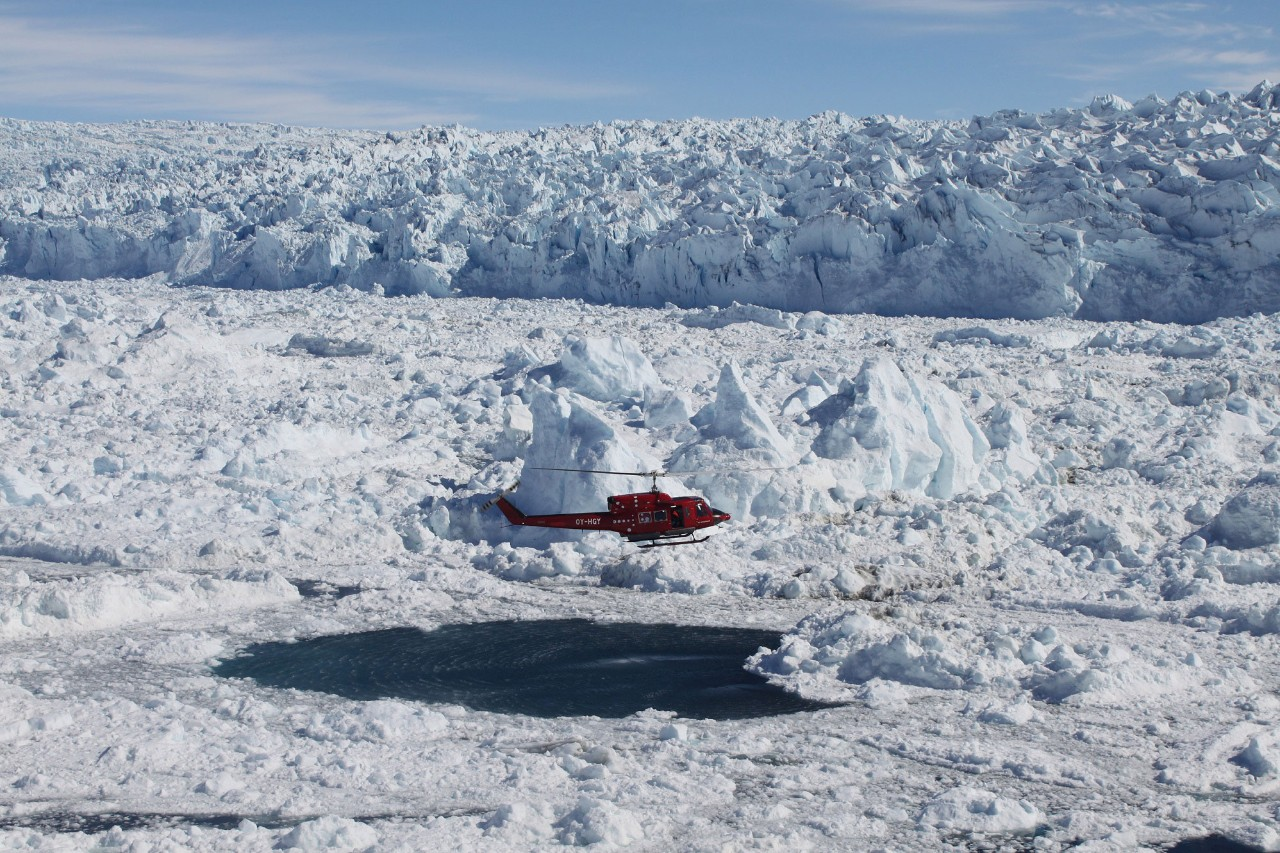 Researchers journey to Greenland to investigate mechanisms controlling ice sheet collapse
